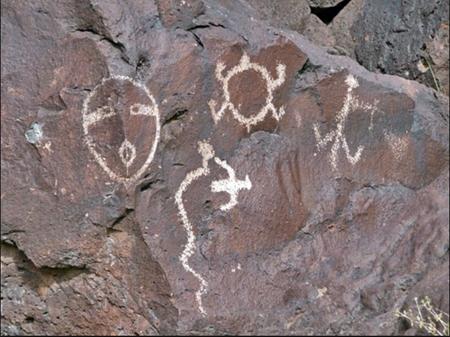 Petroglyphs450
